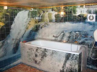Как сделать так, чтобы вода не выплескивалась из ванны