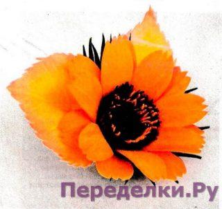 Брошь с цветком календулы из фоамирана